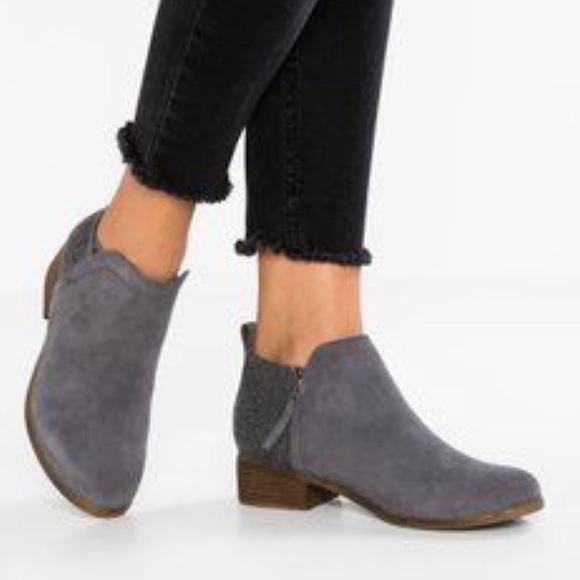 b356acfcdf9 Toms Deia Castlerock Grey Suede Ankle Boots